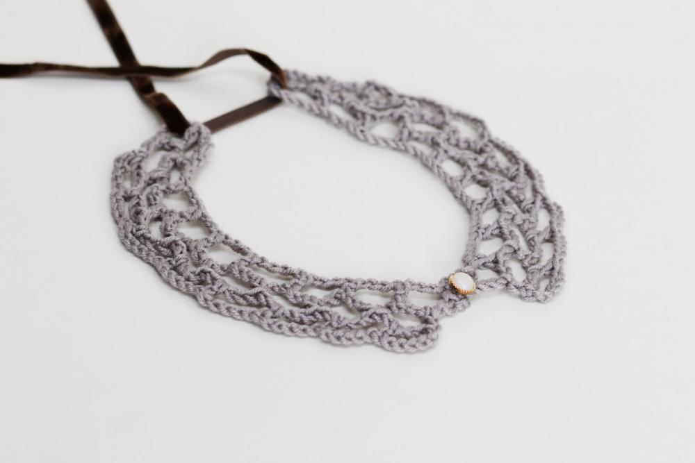Crochet Peter Pan Collar in grey/gray soft cashmerino yarn - detachable peter pan collar